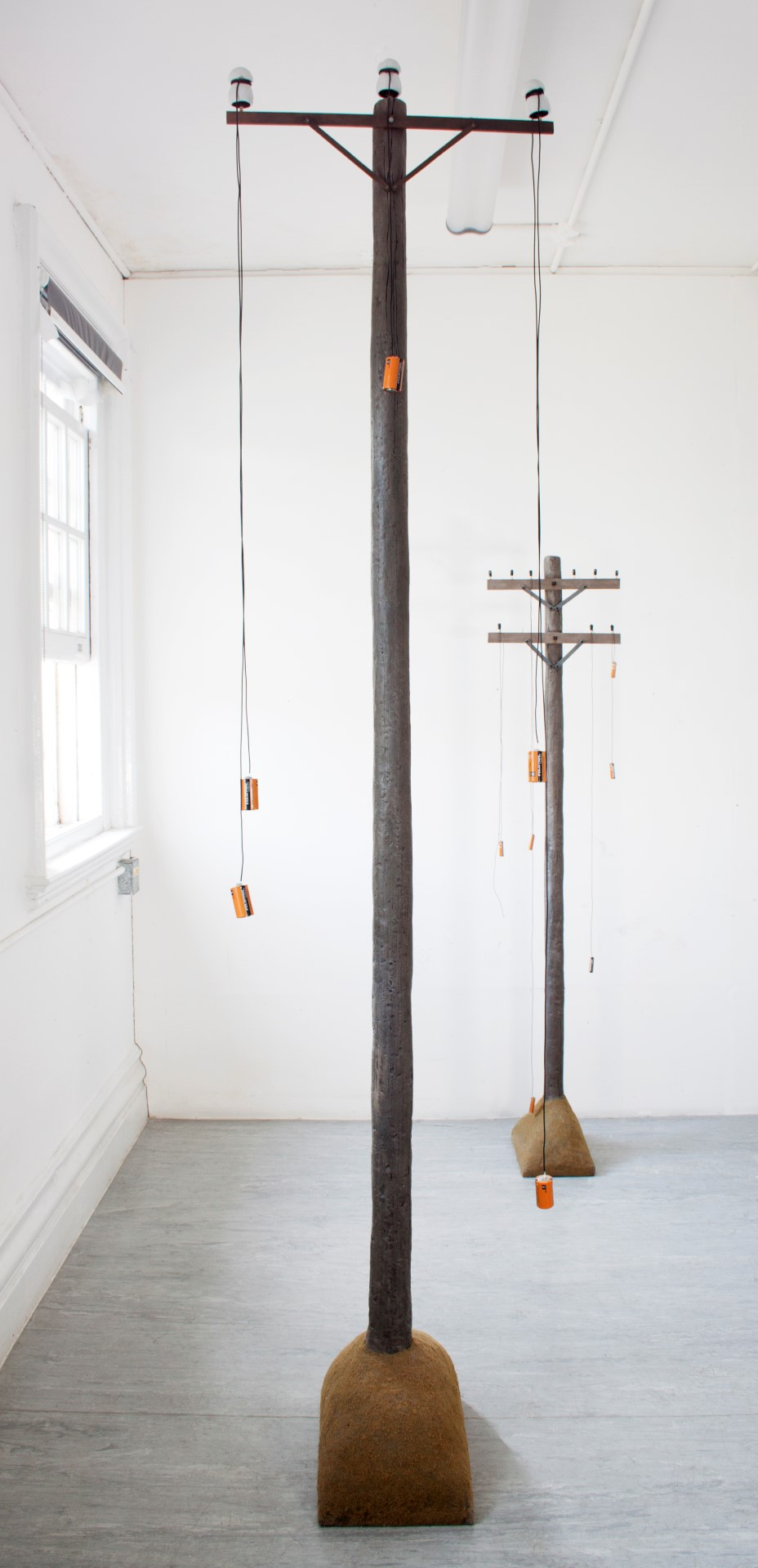 Simon Handy handiwork - a robot telegraph pole