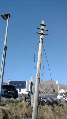 The business end of redundant pole at Castlebay, Barra. Opp Kisimul Castle